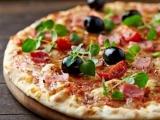 Pizza Party Ø60x40cm Schinken, Zwiebeln, Ei